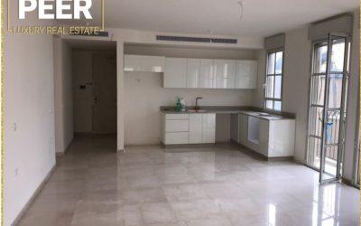 דירה למכירה -עג'מי